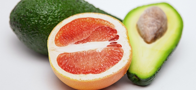 YogaLean Recipe: Grapefruit & Avocado Salad